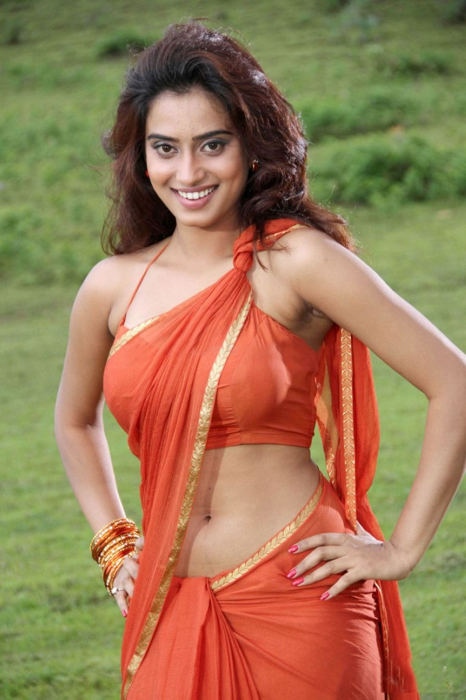 Sexy indian girls image — pic 12