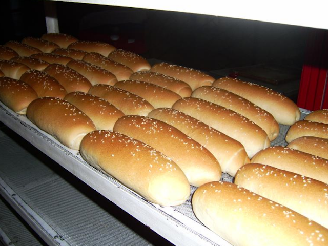 Wisata Kuliner Mini Hotdog Bun Khas Garut