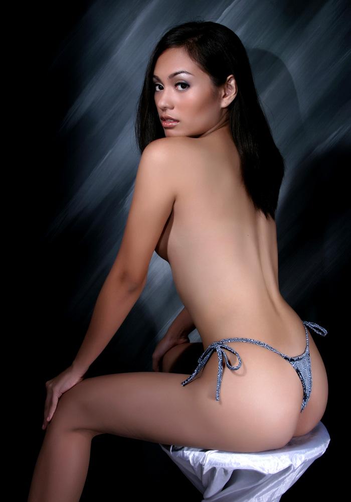 pretty asian girls sexyback bikini pics 04