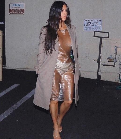 Kim Kardashian Salió A La Calle Desnuda Con Este Vestido La Voz