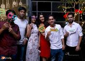 Raashi Khanna Birthday Celebrations-thumbnail-19