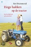 Hardlopen in Hoge hakken op de traktor