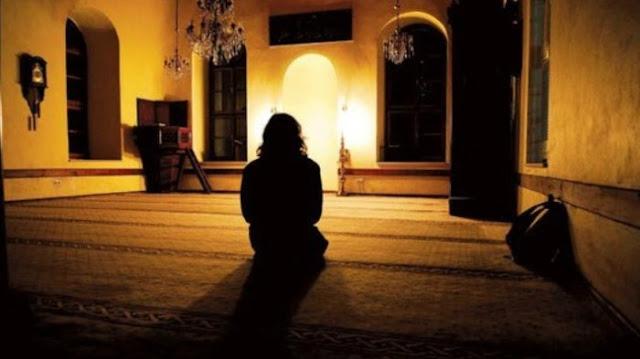 Pria Ini Sakit Selama Setahun Setelah Mengatakan Maulid Nabi Bid'ah Tercela