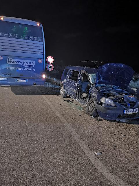 Ultim'Ora. Grave incidente sulla SP 141 nei pressi di Ippocampo. Turisti di Monte Sant'Angelo a bordo di un pullman