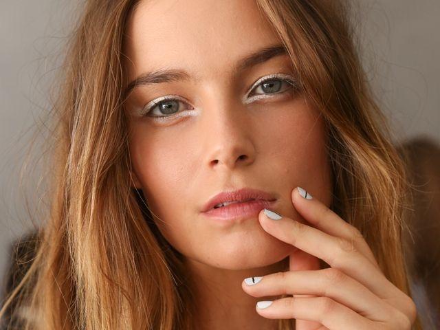 WHISPER blog: EM BRANCO #Tibi #make #makeup #branco #delineador #white #eyeliner