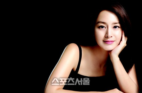 sports seoul dating There is a rumor going around that sports seoul is going to reveal another snsd member dating news many international sons believe that sunny will be the member exposed by sports seoul, but most k-netizen believe that it yuri or maybe tiffany.