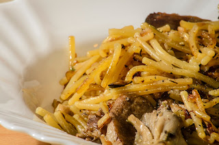 Fideos fritos, fried noodles