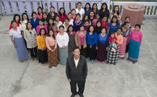 Keluarga terbesar di dunia, Pria Ini Nikahi 39 Wanita