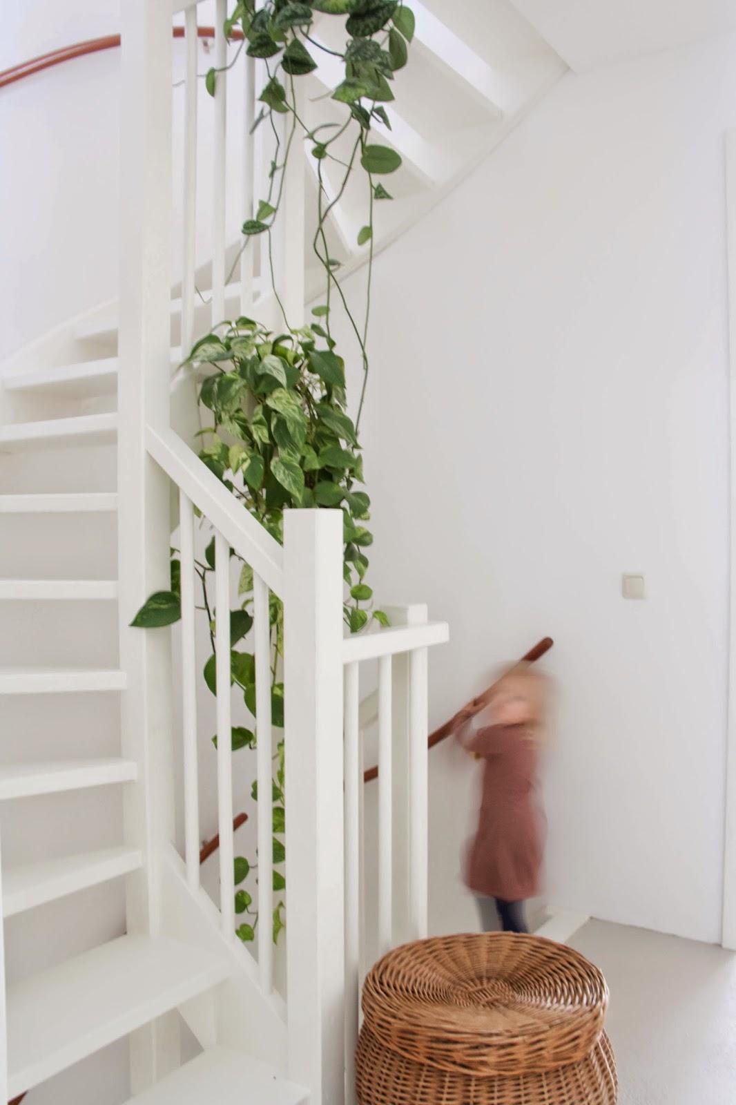 Interieur inspiratie | Styling van het trappenhuis en traprenovatie - Woonblog Stijlvol Styling.com (Stairs styling)