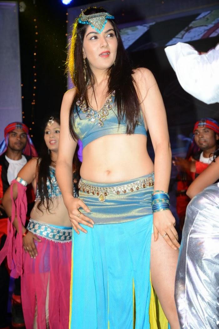 Hot Nangi Actress Photos Gallery - Shiner Photos-2024