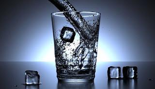 Dampak Akibat Terlalu Sering Konsumsi Air Es Setelah Makan