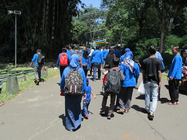 family gathering ke Taman Safari Prigen Pasuruan