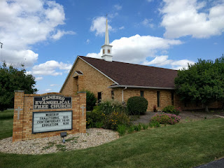 Geneseo Evangelical Free Church, Illinois near the library