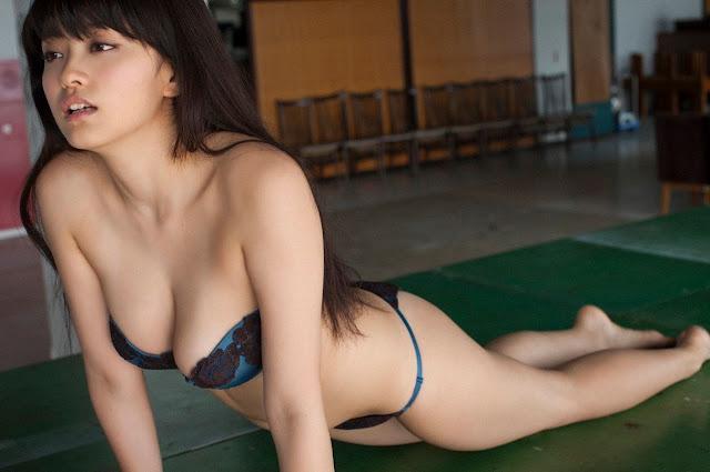 Mari Yamachi 山地まり Sexy Lingerie Images 05