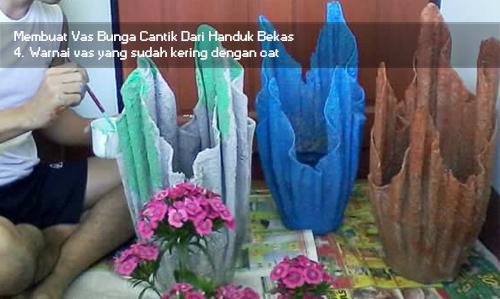 Cara Kreatif Menciptakan Vas Bunga Paduan Antara Semen Dan Handuk