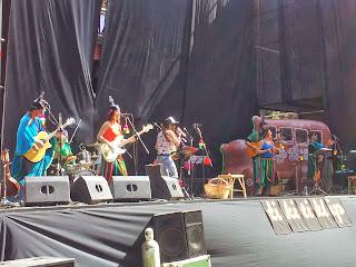 Tikitiklip y Elisa Montes en Lollapalooza Chile