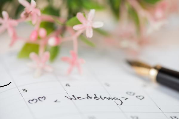 Elaborar un buen calendario nupcial para no olvidar nada - Foto: www.eharmony.com