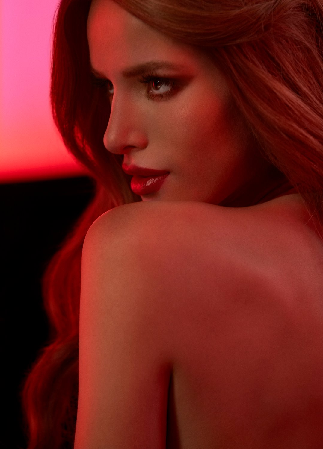 bella thorne hot picture