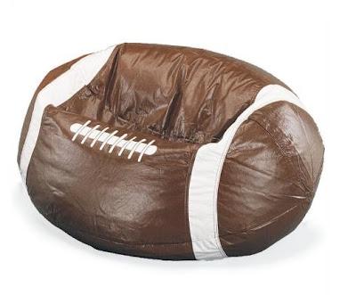 diseño de puff en forma de balón de futbol americano