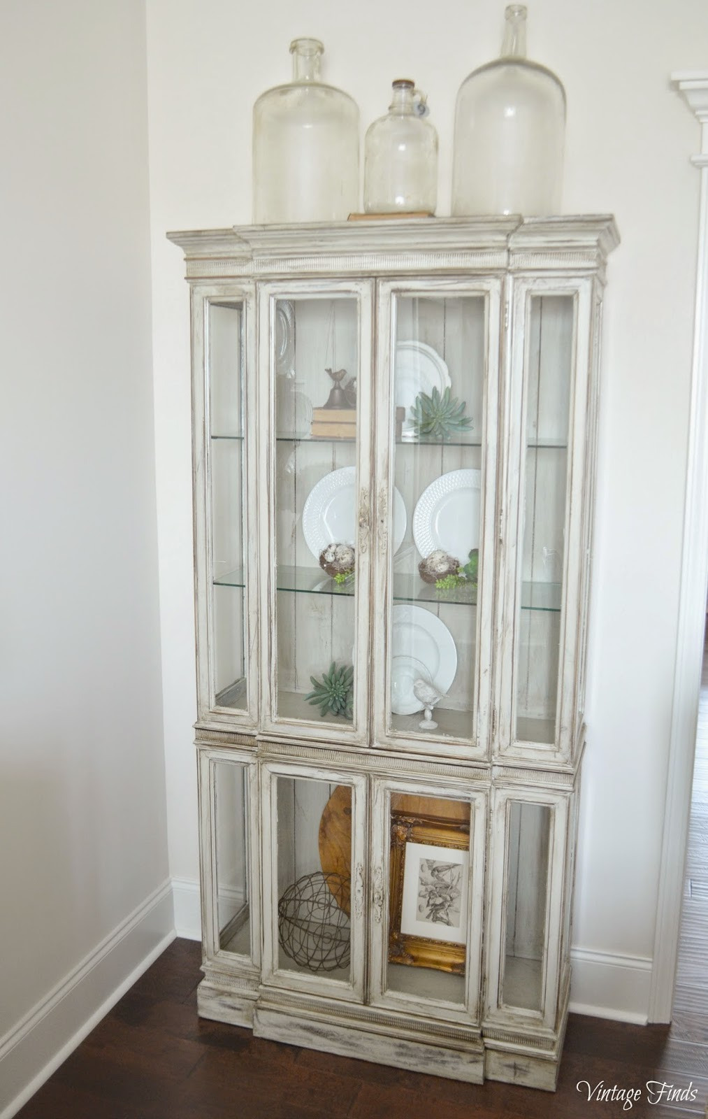 Vintage Finds: China Cabinet Makeover