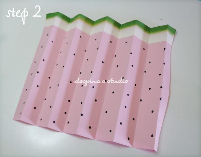 Easy paper craft : Watermelon folded paper fan