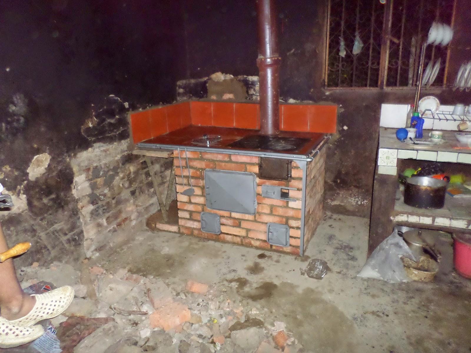 Estufas reguladoras de humo estufa muy eficiente y - Como hacer una cocina de lena ...