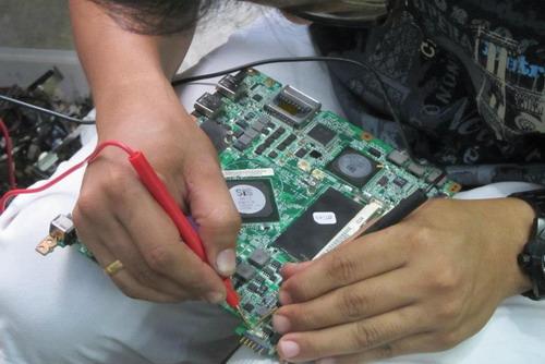 Kursus Repair Laptop Surabaya