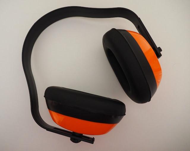 kuulosuojaimet, oranssit kuulosuojaimet
