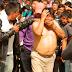 Indígenas de Oxchuc humillan y golpean a Ex-Alcalde de Chiapas por ratero.