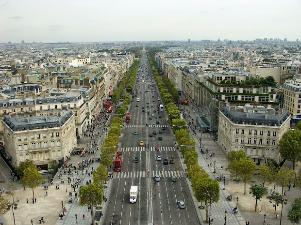 Champs- Elysees - Beautiful Place Visit In Paris