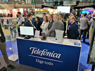 stand telefonica