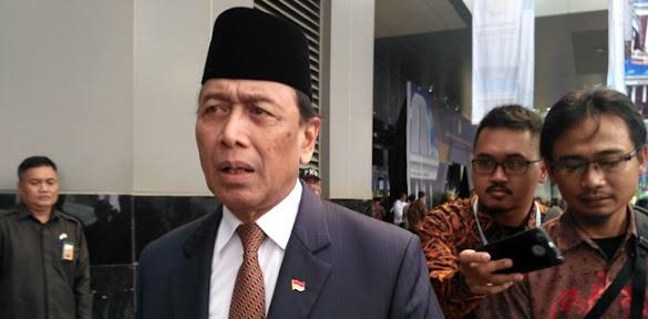 Terindikasi Maladministrasi, Jokowi Diminta Koreksi Keberadaan Tim Asistensi Hukum Wiranto
