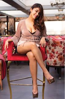 ganga telugu serial actress pranavi manukonda cute expressions Pictures9