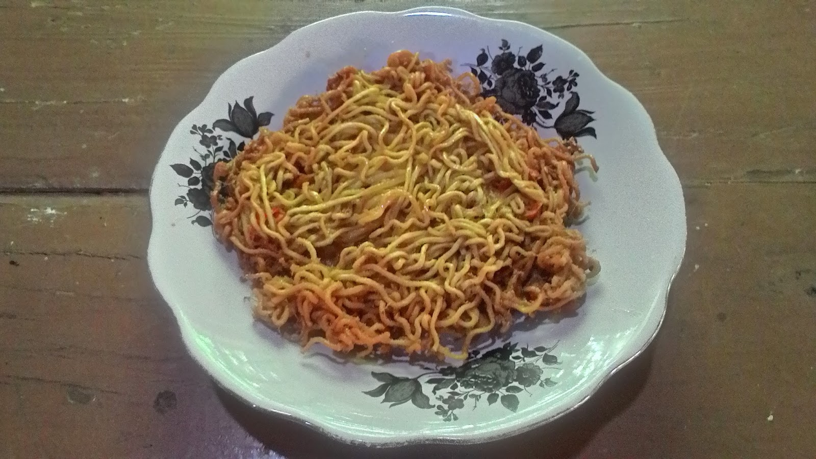 Resep Cara Membuat Omelet Mie Ala Kang Yuli