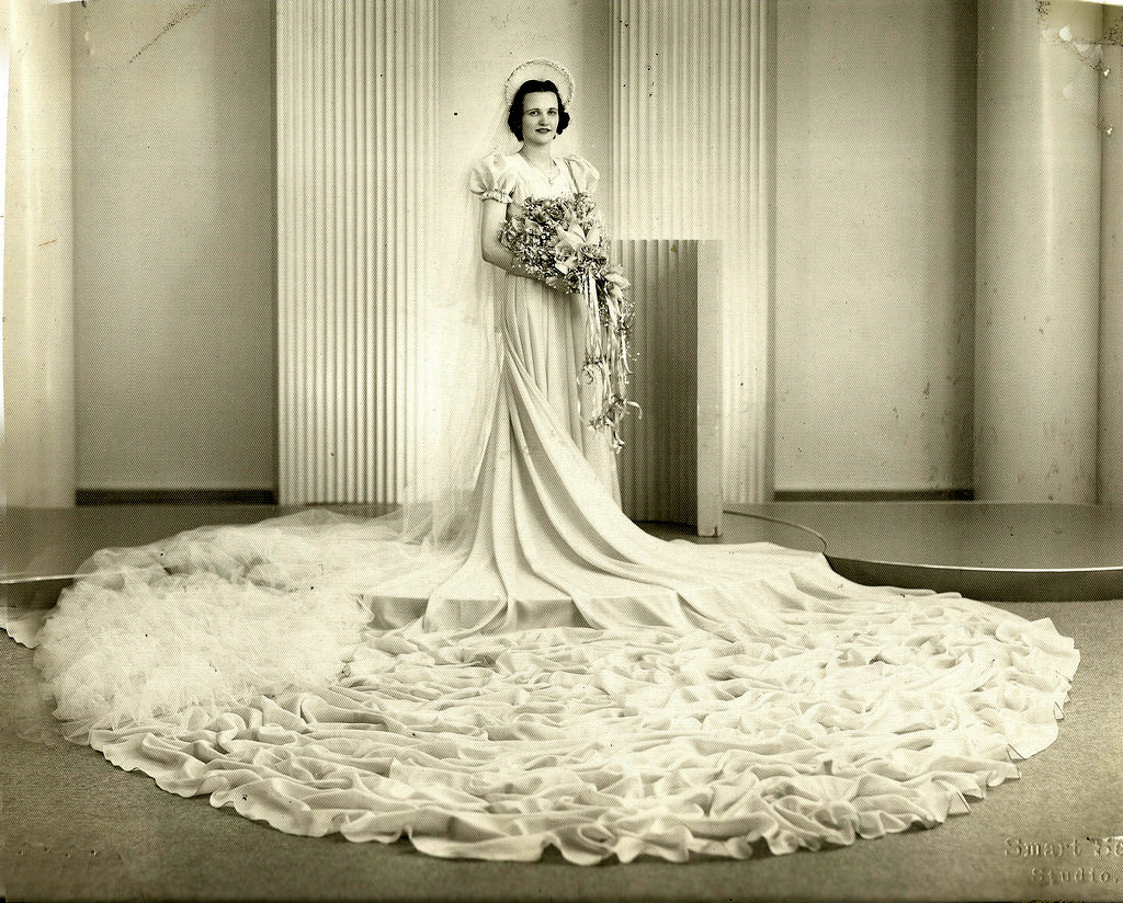 Old Michigan Wedding – 32 Gorgeous Portrait Photos of Brides in the ...
