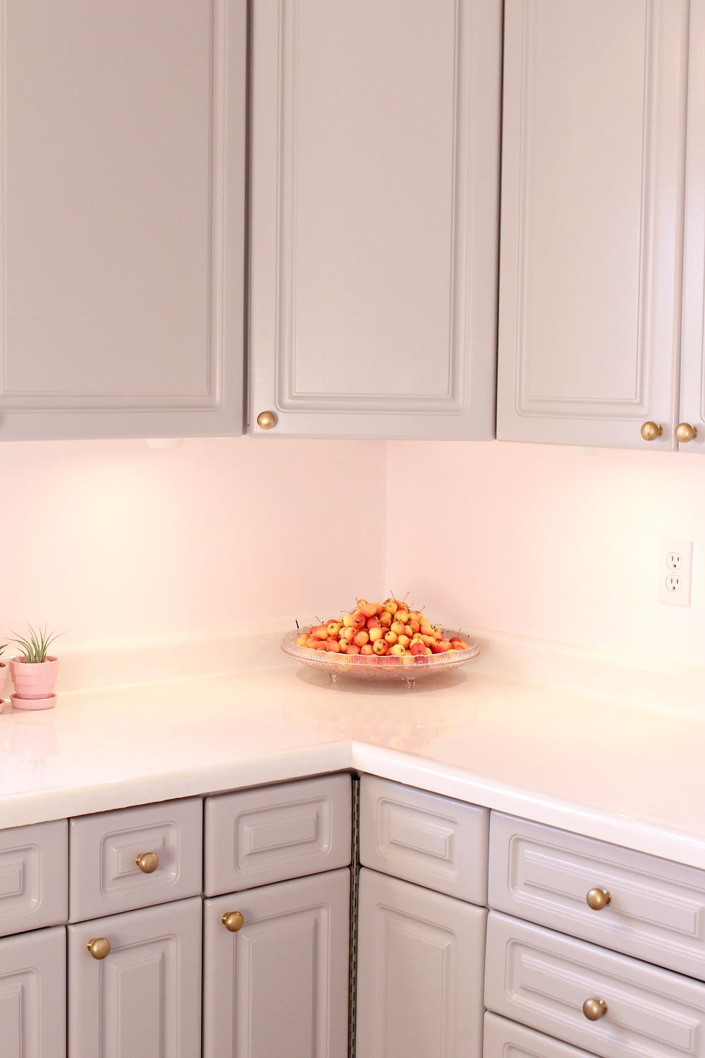 How to refinish counters with rust-oleum