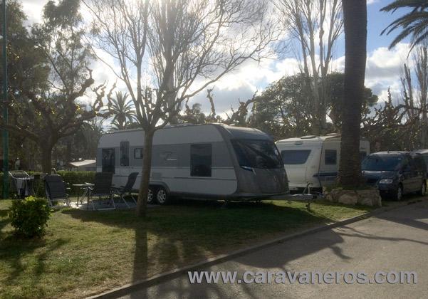Foto de caravana Tabbert Grand Puccini Camping Playa Montroig | caravaneros.com
