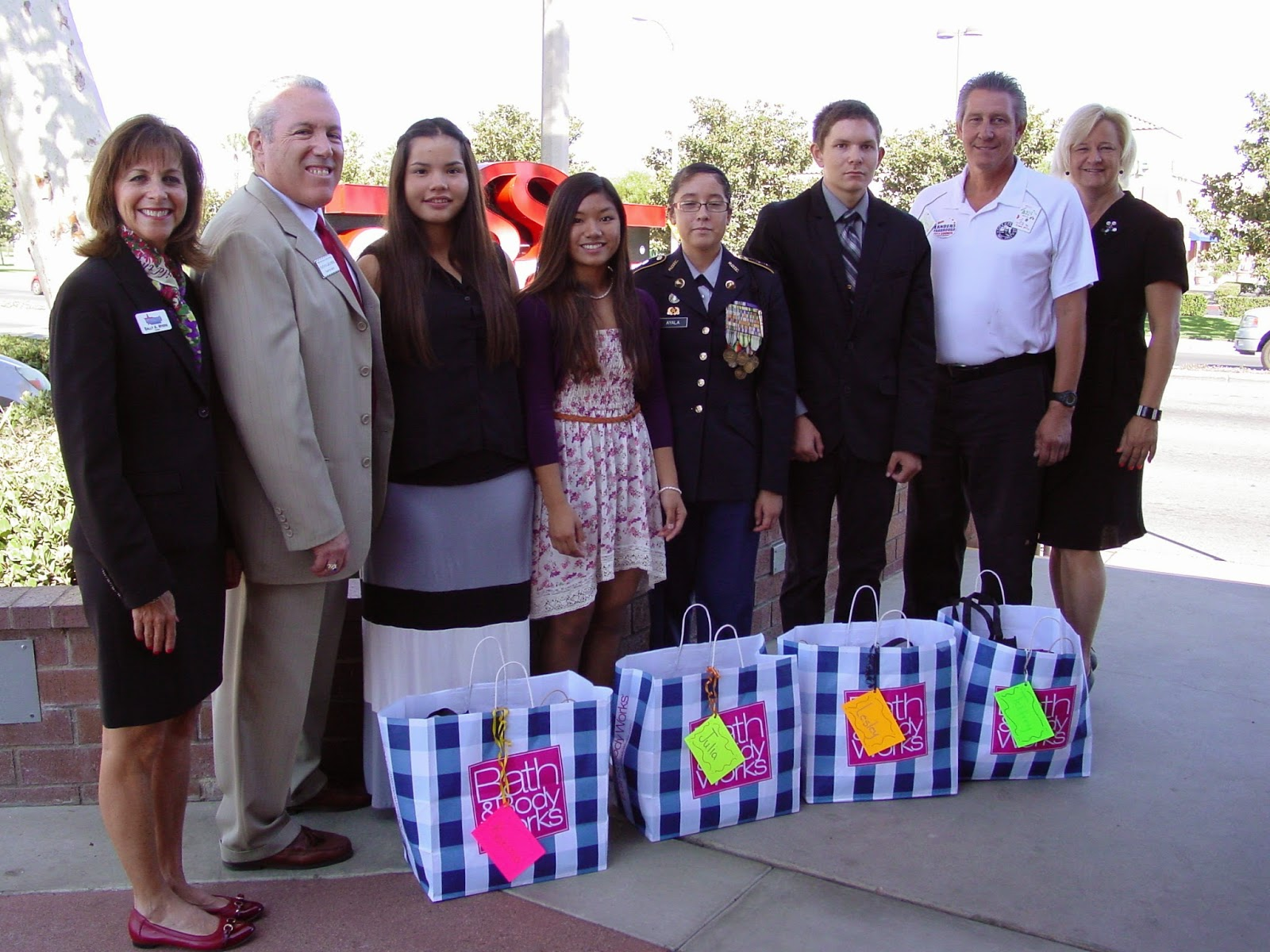 Anne Duarte Escort perris union hs district honors students of the month