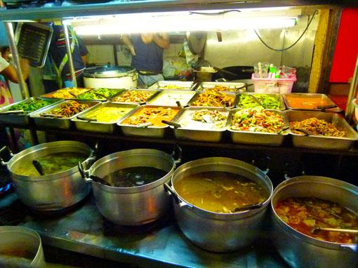 Thaniya Plaza Street Food