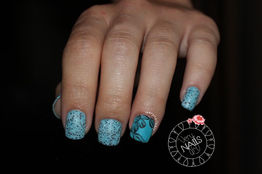 nail-art-azul-flores