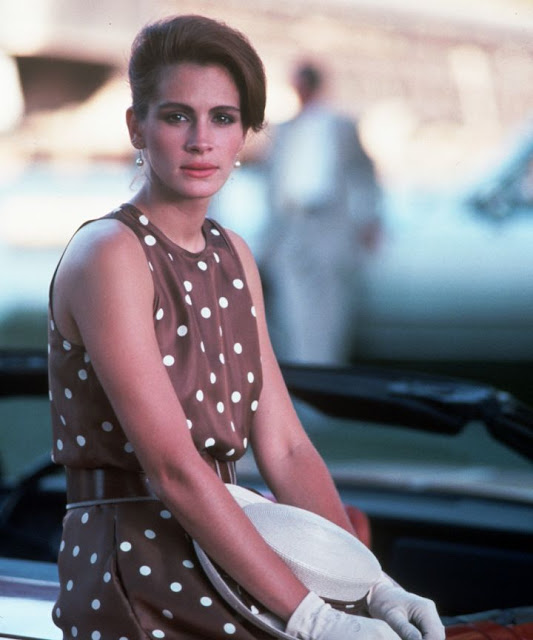 JULIA ROBERTS PRETTY WOMAN DRESS