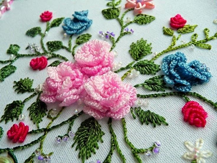 Цветы в бразильской вышивке