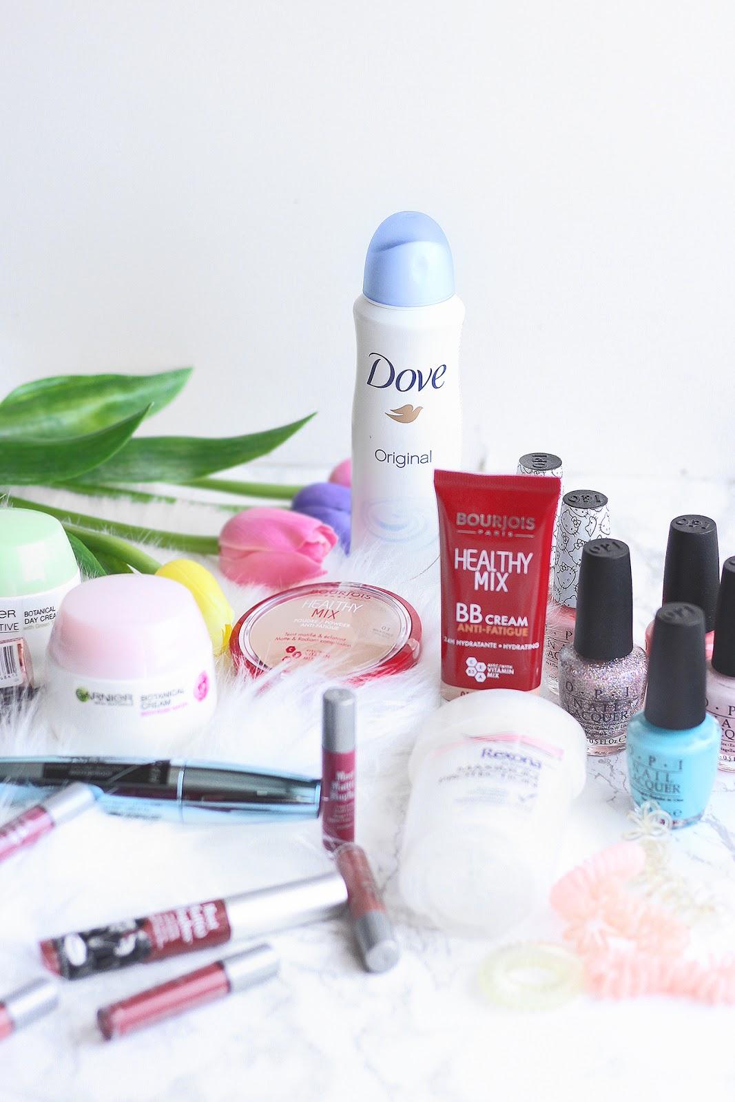 10 Kosmetických Nutností Na Jaro A Léto