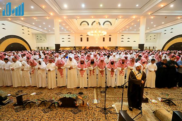 Shalat Witir Bersama Imam