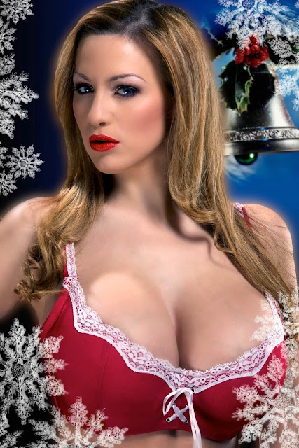 Jordan-Carver-Christmas-Photoshoot-Hot-and-Sexy-Picture