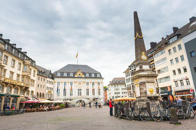 Praça Central em Bonn
