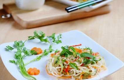 Cách làm món Nộm bí xanh củ cải ngon