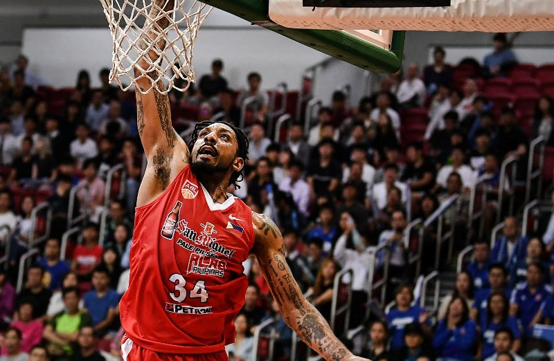 Renaldo Balkman finished with 36 big points to spoil CLS Knights Indonesia at home
