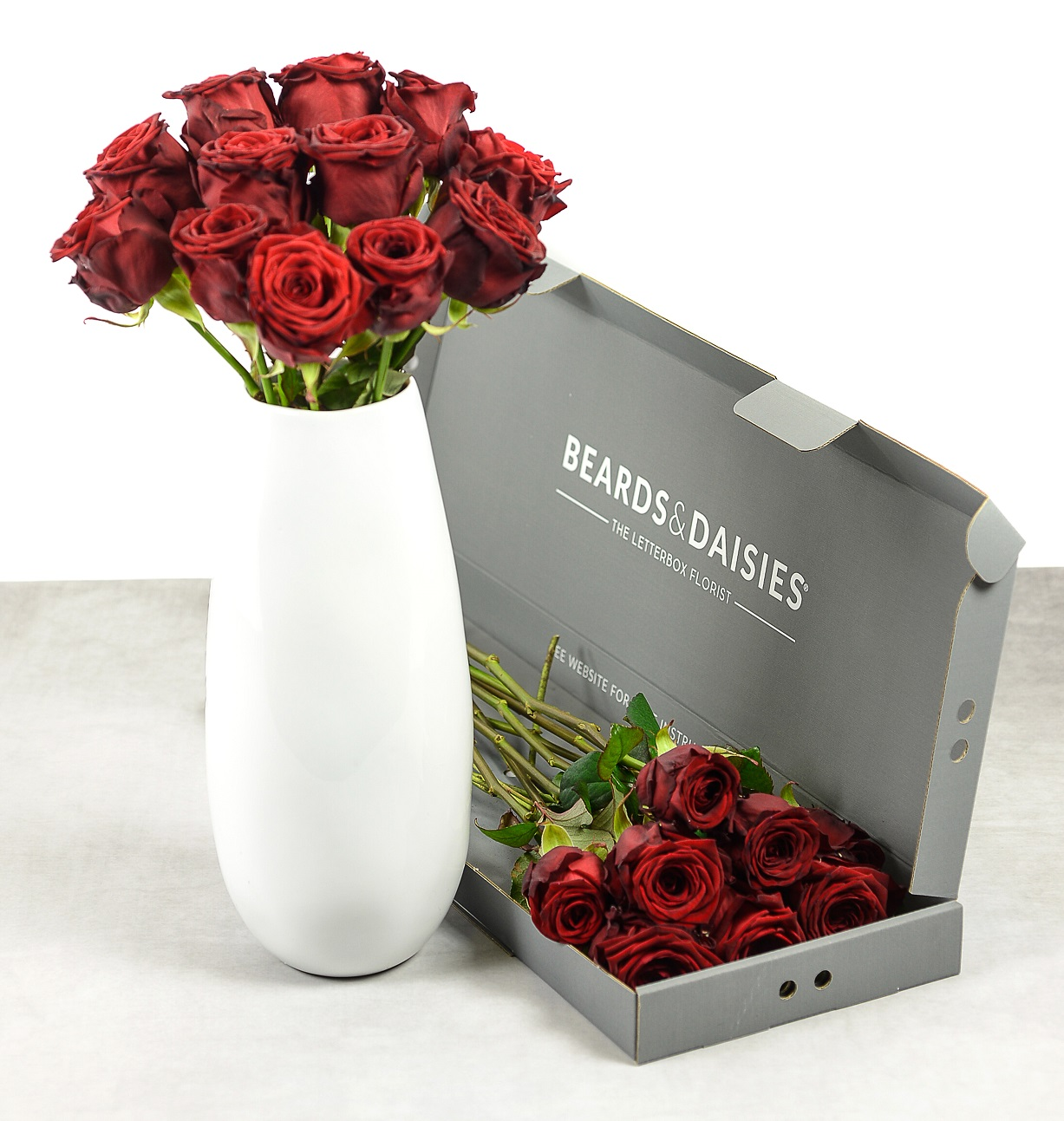 Red roses in vase and box - Valentines Day Roses - motherdistracted.co.uk