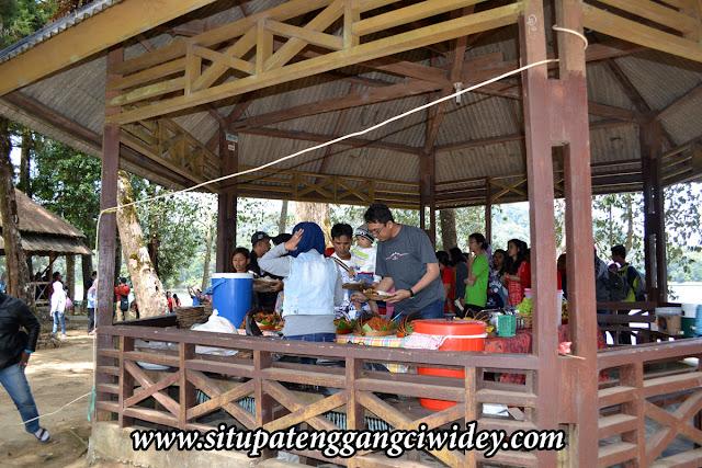 Wisata Kuliner di Situ Patenggang
